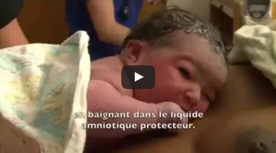 YouTube vidéo: Dr Jane Morton, Le toucher unique d'une mère. Assurer une production lactée abondante.