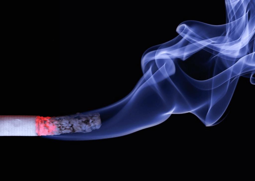 EST-IL POSSIBLE D'ARRÊTER DE FUMER AVEC L'HYPNOSE ?